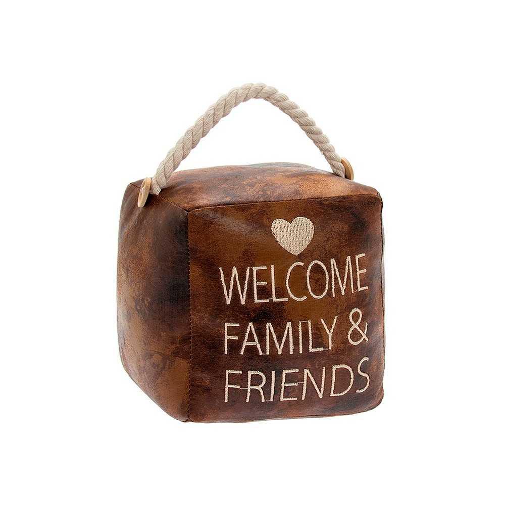 """Firkantet dørstopper i mørkt kunstlæder med tekst """"Welcome Family and Friends"""""""